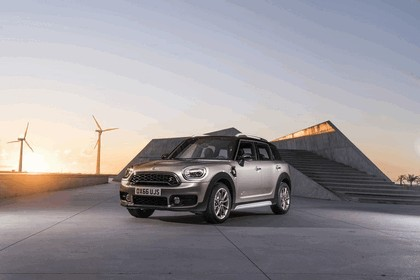 2016 Mini Cooper S E Countryman ALL4 28