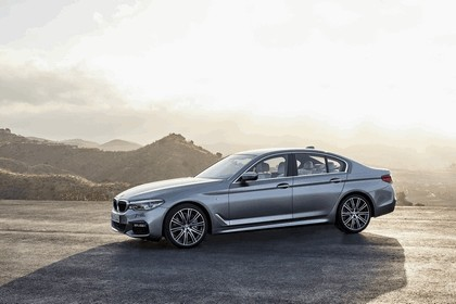2016 BMW 540i M Sport 21