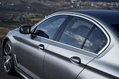 2016 BMW 540i M Sport 37