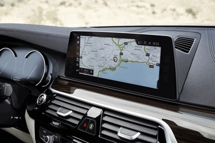 2016 BMW 540i M Sport 73