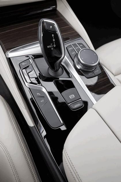2016 BMW 540i M Sport 74