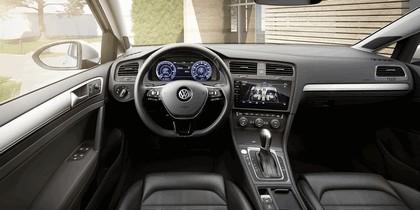 2017 Volkswagen e-Golf ( VII ) 7