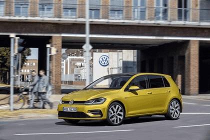 2017 Volkswagen Golf ( VII ) TSI 7