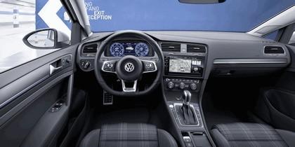 2017 Volkswagen Golf ( VII ) GTE 5
