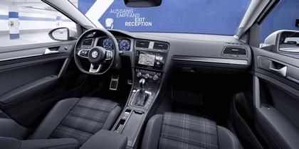 2017 Volkswagen Golf ( VII ) GTE 6