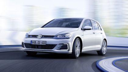 2017 Volkswagen Golf ( VII ) GTE 7