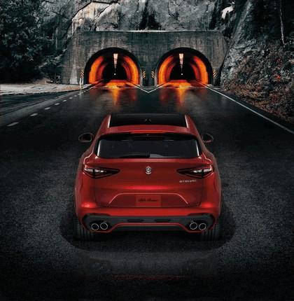 2018 Alfa Romeo Stelvio Quadrifoglio 11
