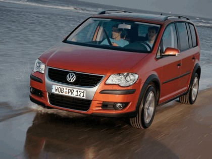 2007 Volkswagen CrossTouran TSI 7