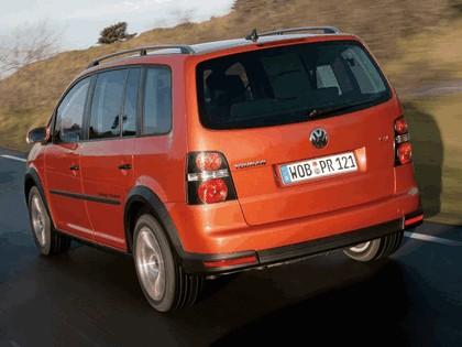 2007 Volkswagen CrossTouran TSI 9