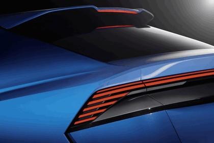 2017 Audi Q8 concept 11