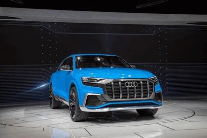 2017 Audi Q8 concept 20