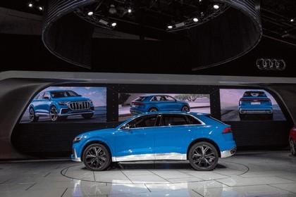2017 Audi Q8 concept 36