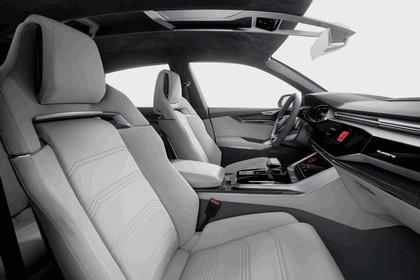 2017 Audi Q8 concept 38