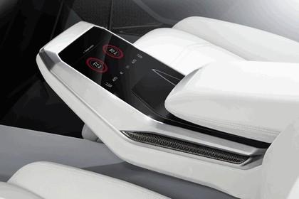 2017 Audi Q8 concept 45