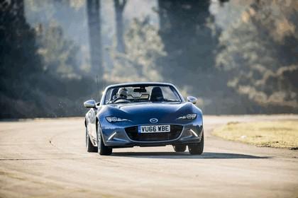 2017 Mazda MX-5 Arctic - UK version 32