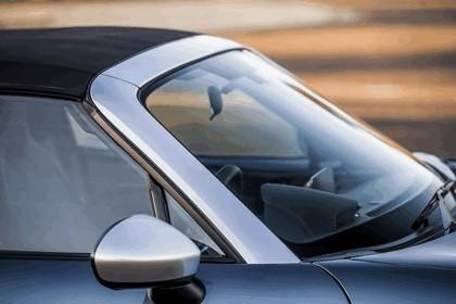 2017 Mazda MX-5 Arctic - UK version 43