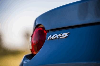 2017 Mazda MX-5 Arctic - UK version 48