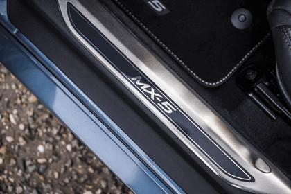2017 Mazda MX-5 Arctic - UK version 49