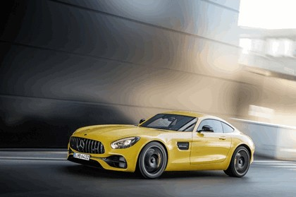 2017 Mercedes-AMG GT S 1