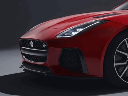 2017 Jaguar F-type SVR coupé 4