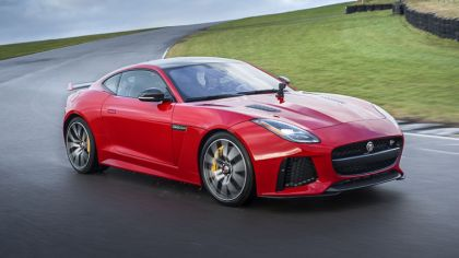 2017 Jaguar F-type SVR coupé 3