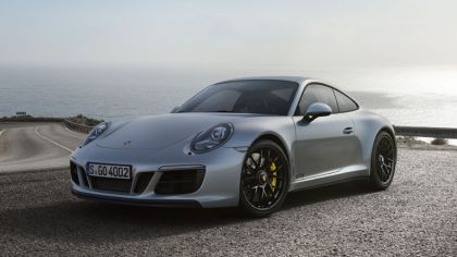 2017 Porsche 911 ( 911 type II ) Carrera 4 GTS 2