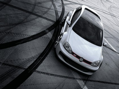 2007 Volkswagen Golf GTI W12 650 3