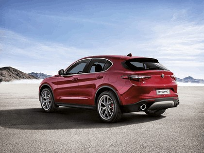 2017 Alfa Romeo Stelvio First Edition 9