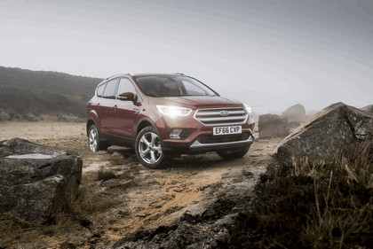 2017 Ford Kuga - UK version 38