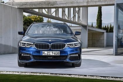 2017 BMW 530d xDrive Touring 3