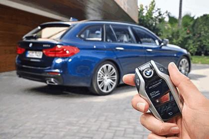 2017 BMW 530d xDrive Touring 37