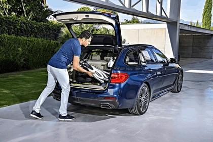 2017 BMW 530d xDrive Touring 38