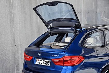 2017 BMW 530d xDrive Touring 39