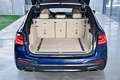 2017 BMW 530d xDrive Touring 46