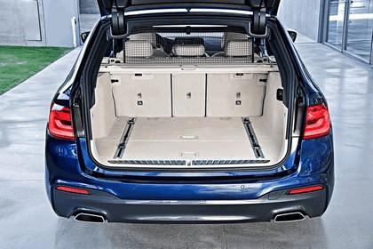 2017 BMW 530d xDrive Touring 52