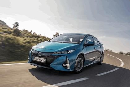 2017 Toyota Prius Plug-in Hybrid 13