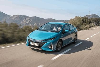 2017 Toyota Prius Plug-in Hybrid 15