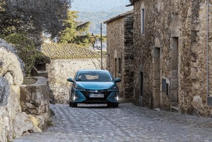 2017 Toyota Prius Plug-in Hybrid 24