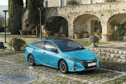 2017 Toyota Prius Plug-in Hybrid 33