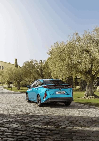 2017 Toyota Prius Plug-in Hybrid 38