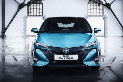 2017 Toyota Prius Plug-in Hybrid 44