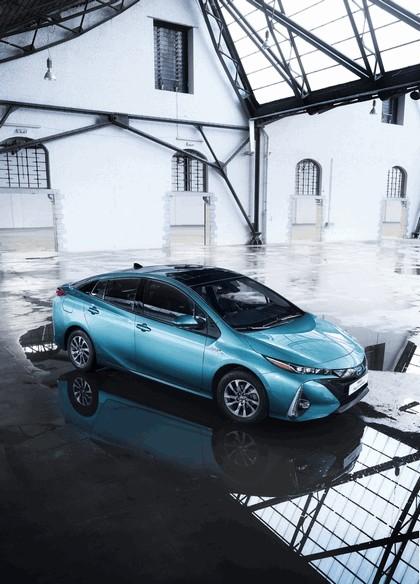 2017 Toyota Prius Plug-in Hybrid 49