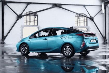 2017 Toyota Prius Plug-in Hybrid 51
