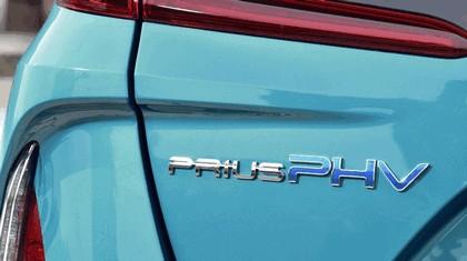 2017 Toyota Prius Plug-in Hybrid 66