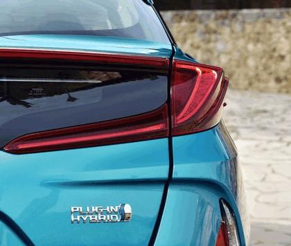 2017 Toyota Prius Plug-in Hybrid 68