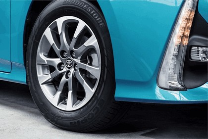 2017 Toyota Prius Plug-in Hybrid 80