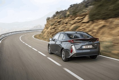 2017 Toyota Prius Plug-in Hybrid 127