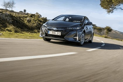 2017 Toyota Prius Plug-in Hybrid 142