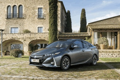 2017 Toyota Prius Plug-in Hybrid 152