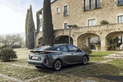 2017 Toyota Prius Plug-in Hybrid 154